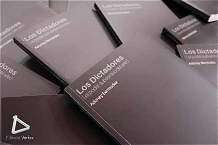 Presentación del libro 'Los Dictadores (El poder subversivo del arte)'