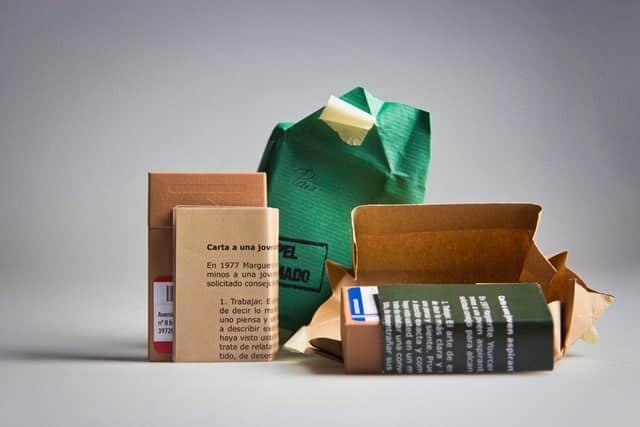Presentación de 'Papel engomado', revista-objeto